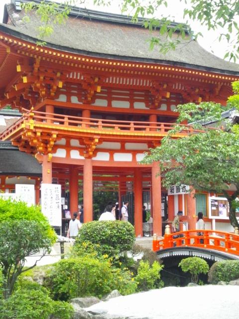 上賀茂神社に詣る